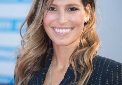 Laury Thilleman:  l'ex miss France change radicalement de coiffure