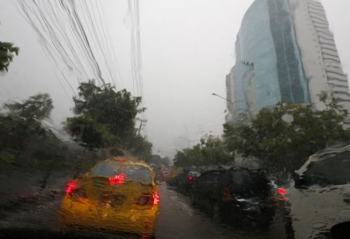 À Bangkok, des pluies artificielles contre la pollution