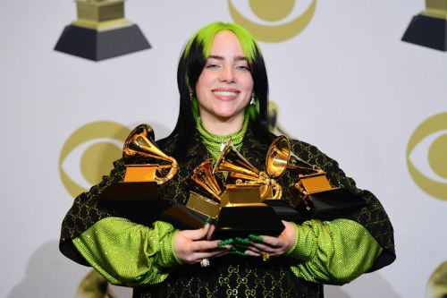 Billie Eilish jeune reine des Grammy Awards