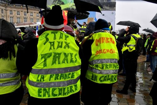 """Gilets jaunes à Bordeaux"": 4.500 manifestants, 14 interpellations"