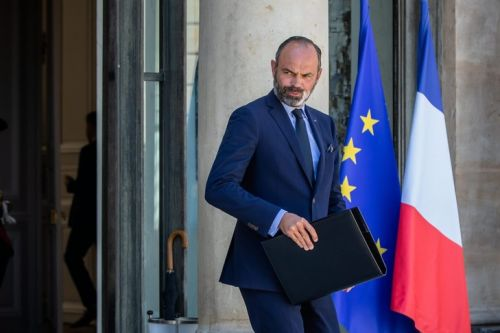 EN DIRECT - Remaniement : démission du gouvernement d'Édouard Philippe