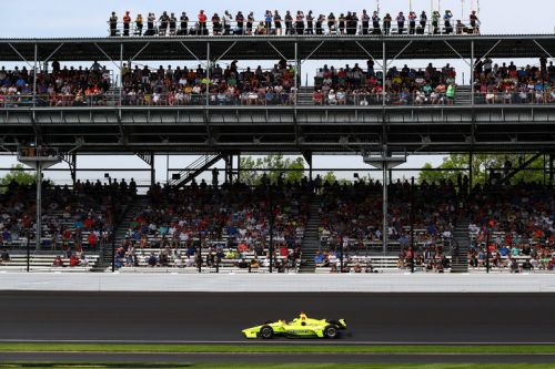 500 miles d'Indianapolis: le Speedway, circuit unique et mythique